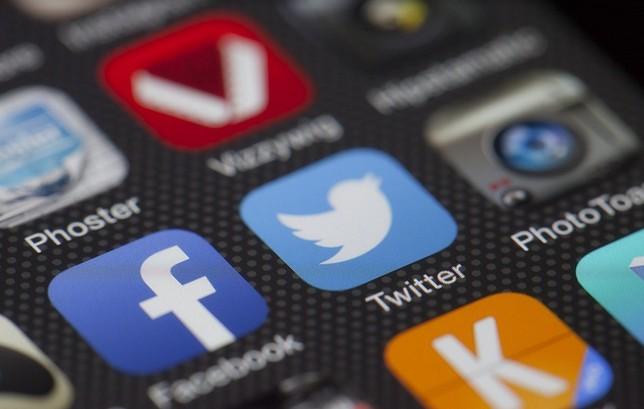 Réseaux sociaux : le palmarès des labos les plus influents